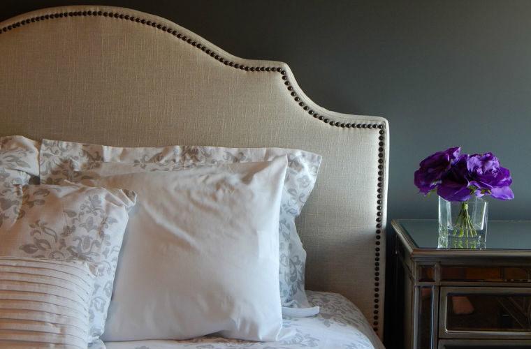8 ideas para decorar el cabecero de tu cama
