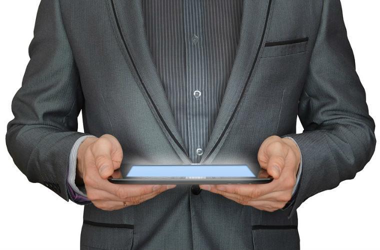 Aprender un idioma online o presencial para profesionales
