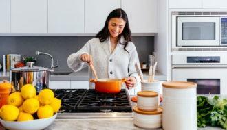 Elementos de cocina esenciales para el hogar